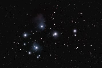 M45 Pleiades Cluster by Bob Fuller 2011 350D
